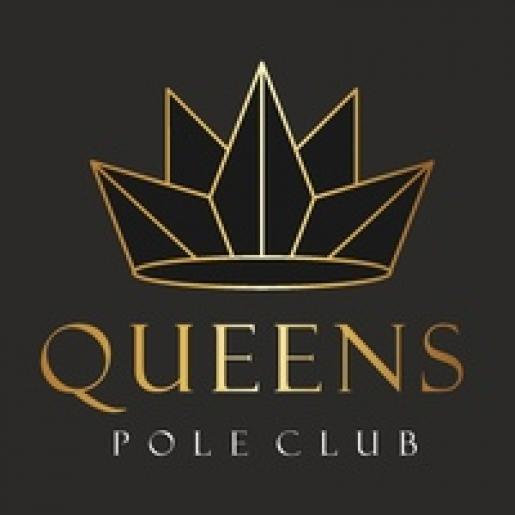 Queend pole club